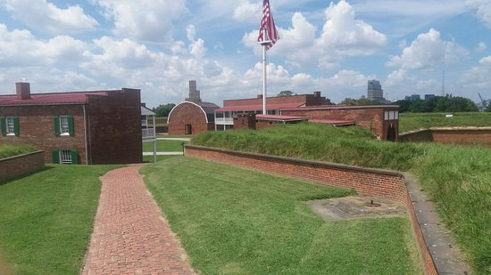 Fort McHenry National Monument: 20160819_132713_large.jpg