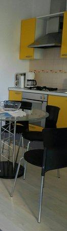 Villa Ana: Cucina-soggiorno