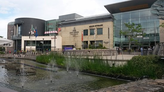 ‪Dundrum Town Centre‬