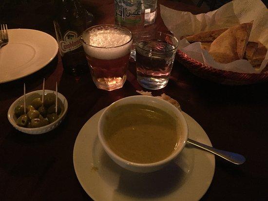 Hotel Kasbah Mohayut: Soup starter