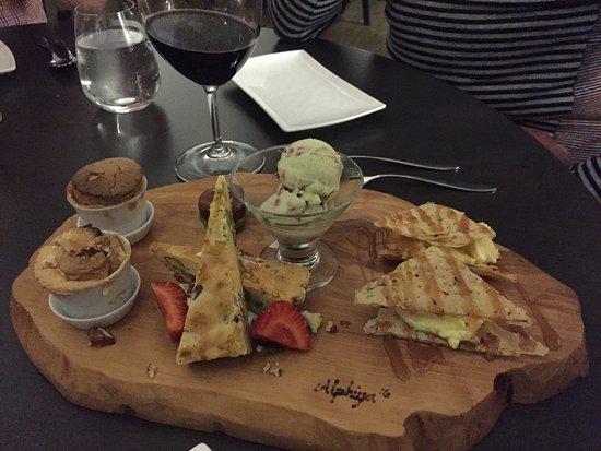 La table des roy iles de la madeleine restaurant reviews phone number photos tripadvisor - Restaurant la table des roy ...