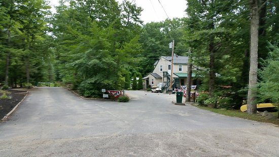 Standish, Μέιν: Family and Friends Campground