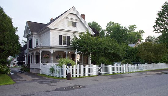Village Victorian Bed & Breakfast: Village Victorian B&B
