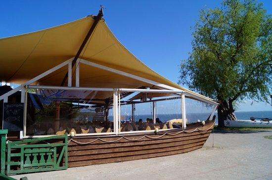 Juodkrante, Lithuania: Seafood restaurant Zuvele