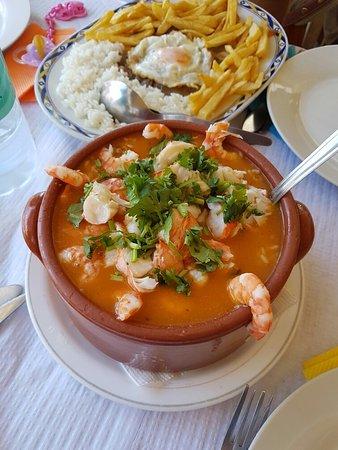 Porto Brandão, Portugal: A melhor cozinheira  a dona TERESA  fazer um excelente arroz de marisco que já me delícia aos an