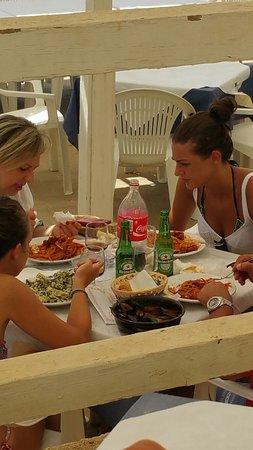 """Province of Agrigento, Italie : Tutto nel piatto....""""congelati"""" sul lido 😂😂😂"""