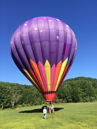 Balloons Over New England - Private Flights: photo0.jpg