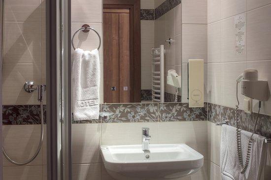 Dworek Morski Mielno: łazienka