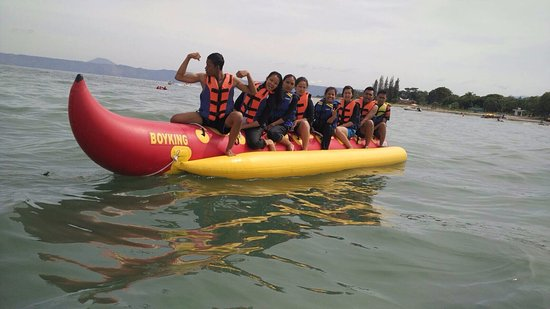 Samosir, Indonesia: main banana boat
