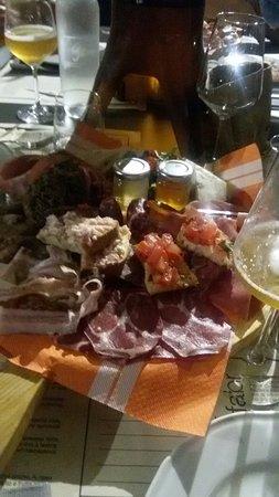 Crespina, Italia: 20160819_214538_large.jpg