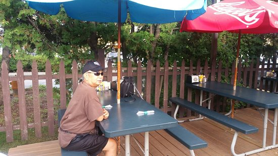 Hilltop Pub and Grill: 20160819_175502_large.jpg