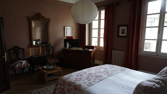 Chambre asie picture of hotel de l 39 atelier villeneuve for Chambre avignon