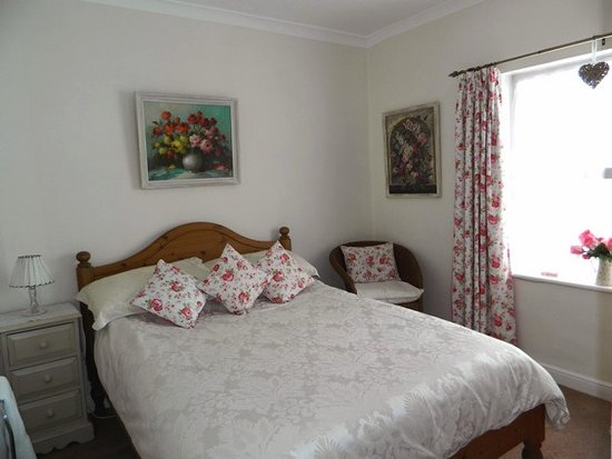 Dining Area 50s Style Picture Of Elizabeth Guest House Walton On The Naze Tripadvisor