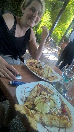 Enasma Cafe