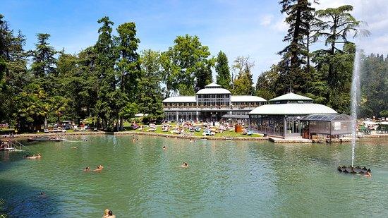 Lago termale e giardino d 39 inverno foto di villa dei for Bagni lago prezzi