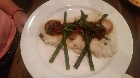 Brownsburg, IN: Sea Scallops