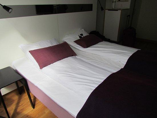 Scandic Alesund: Großes bequemes Bett
