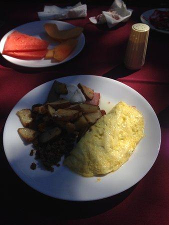 Rickreall, OR: Omelete de queso, jamon, tocino y papas