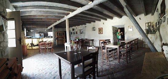 Gruda, Hırvatistan: IMG_20160820_160201_large.jpg