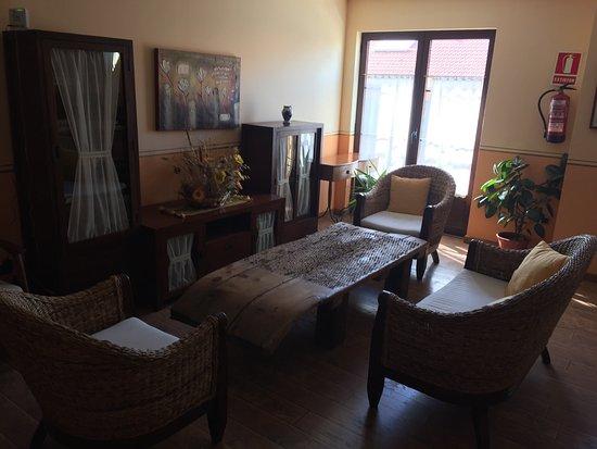 Hotel Venta Del Alon