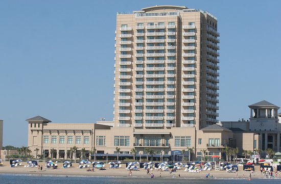 Hilton Virginia Beach Oceanfront: View from the ocean