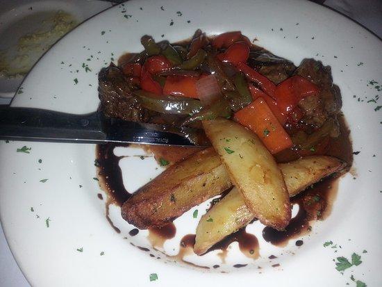 Glenview, IL: Andrew's pepper steak - filet mignon medallions