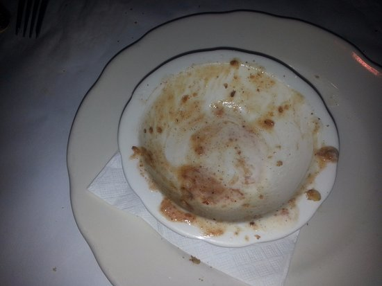 Glenview, IL: This was the apple crumble dessert - it was good!