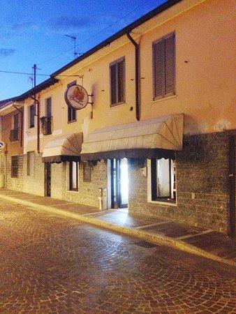Pregnana Milanese, إيطاليا: esterno locale