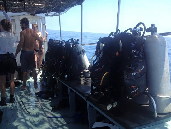 Phangan International Diving School : on the boat