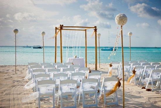 Hyatt Regency Aruba Resort And Beach Wedding