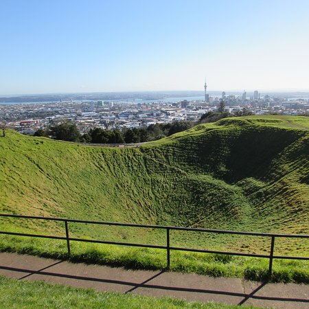 Mount Eden: The view