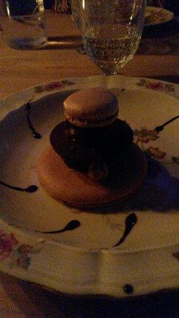 Suresnes, Frankrike: dessert 3 Chocolats