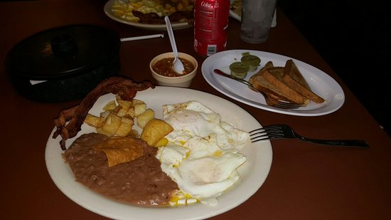 Mercedes, TX: Alicia's Restaurant