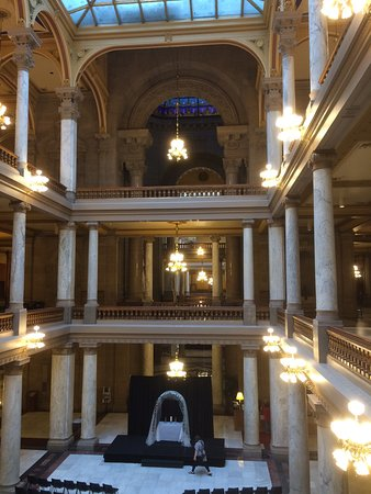 Indiana State Capitol: photo2.jpg