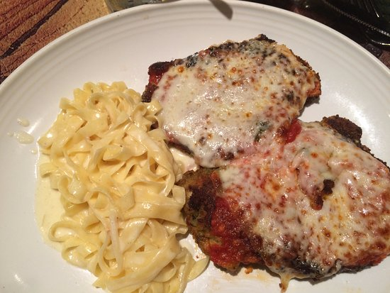 Peabody, MA: Chicken parmesan with linguini