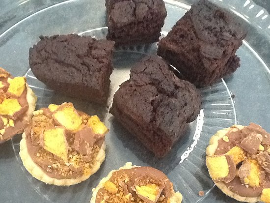 Witham, UK: Chocolate brownies and Crunchie biscuits