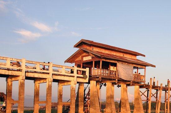 Amarapura, Birmania: Beeindruckend