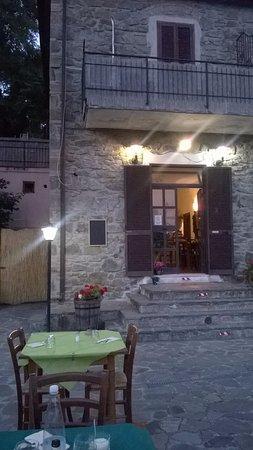Tirli, Italien: il ristorante visto dalla terrazza