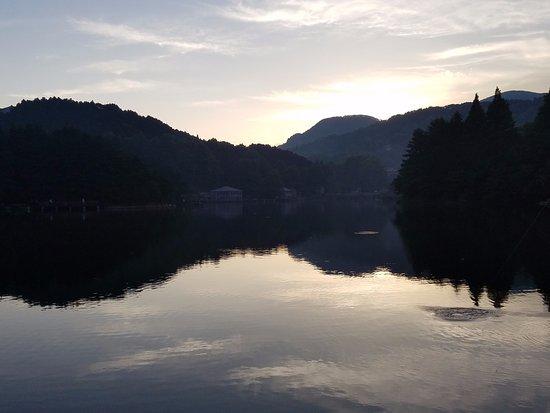 Jiujiang, Cina: sunrise first day looking back toward town