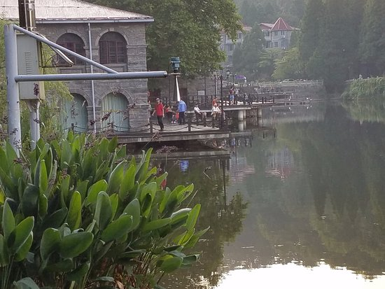 Jiujiang, China: fishing in themorning