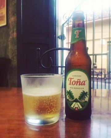 Casa Vieja Restaurante: always cold beers