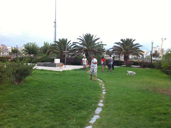 Venetian Walls and Tomb of Nikos Kazantzakis: the location