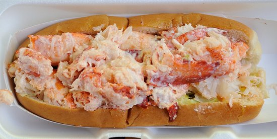 Tamarack Restaurant: Lobster Roll