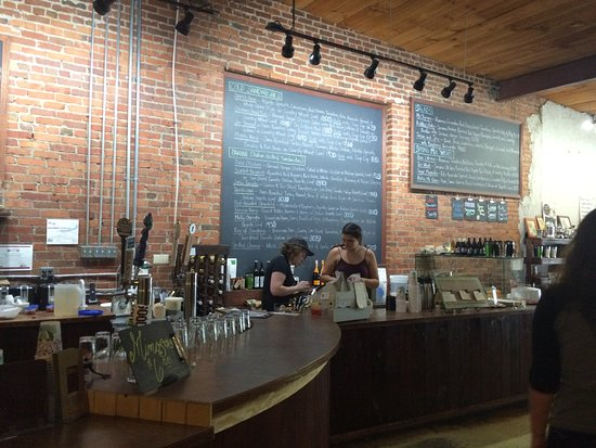 Waynesville, North Carolina: Panacea Coffeehouse