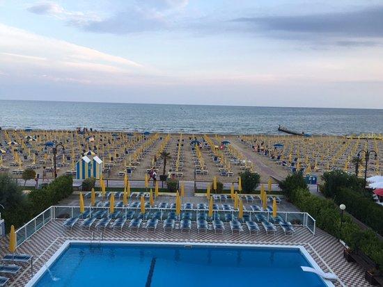 spiaggia Hotel Mirafiori