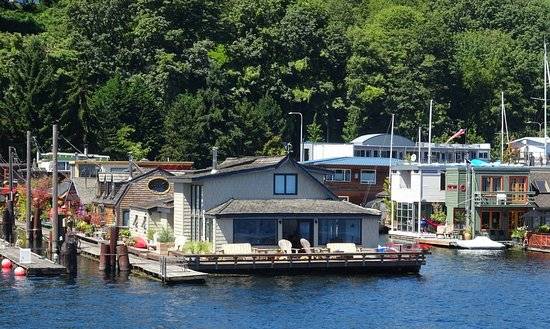 Houseboat Used In The Film Sleepless In Seattle Picture