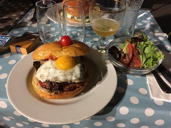 restaurant burger et blanquette dans montpellier avec cuisine fran aise. Black Bedroom Furniture Sets. Home Design Ideas