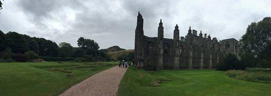 Holyrood Abbey: photo3.jpg