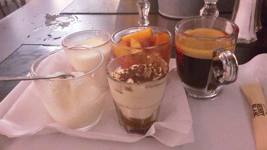 Montfavet, فرنسا: Agréable soirée  Accueil génial serveuses aimables et souriantes Les plats sont très copieux et 
