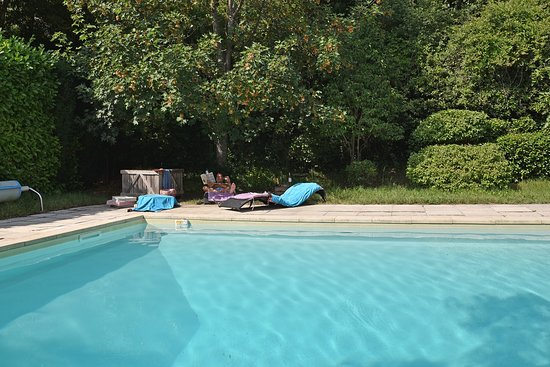 Bastide du colombier b b riez france voir les tarifs for Piscine du colombier